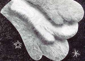 Child's Angora Mittens (these bring back warm memories …)