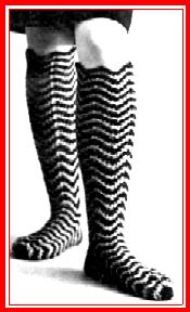 One more pair – Knee socks in crochet!