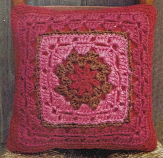 Free Crochet Patterns For Square Pillows : Crochet Granny Squares ? A Pretty Pillow ? Grandmothers ...