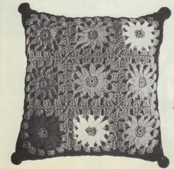 Julie's Sunflower Square - JPF Crochet Club where Crocheting is