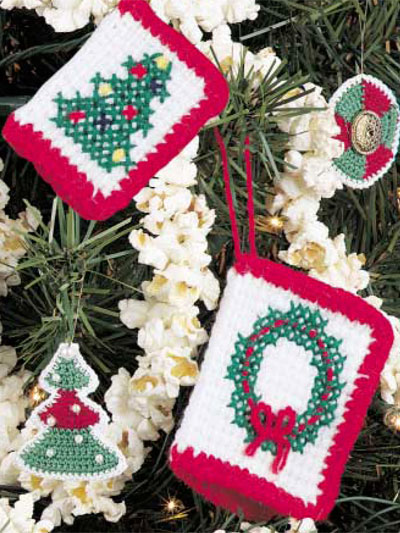 Knit or Crochet Your Christmas Cards This Year!