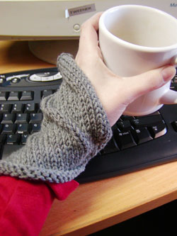 Pretty Knit Wrist Warmers – Six free patterns to choose from