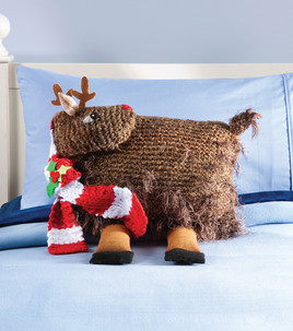 Reindeer Cushion Knitting Pattern : Quick Gifts   Christmas Pillows   free patterns to knit and crochet   Grandmo...