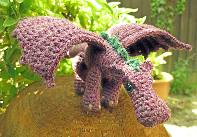 Celebrate 2012 The Year Of The Dragon With 6 Free Knit And