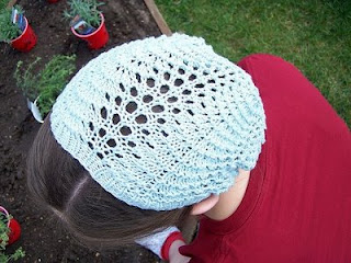 Knitting Pattern For Lace Snood : Pretty Spring Hats to knit for women   free patterns   Grandmothers Patt...