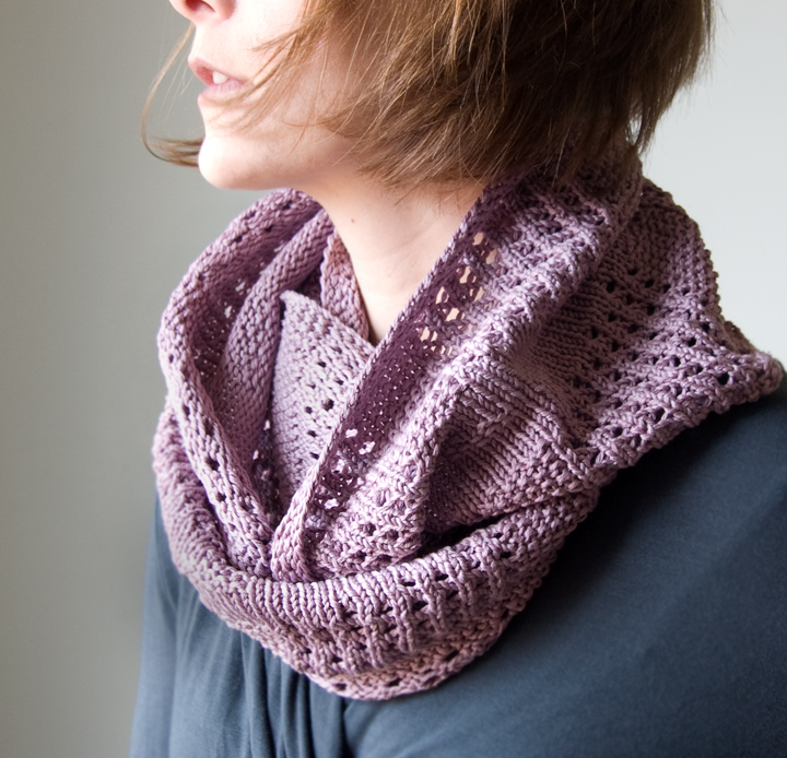 Free Knitting Patterns For Women s Cowls : The Prettiest Knits for Spring   free patterns for women   Grandmothers ...