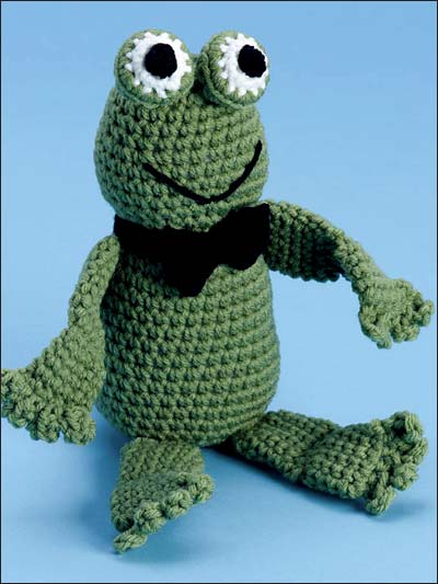 crochet a frog for april it s national frog month free patterns grandmother 39 s pattern book. Black Bedroom Furniture Sets. Home Design Ideas