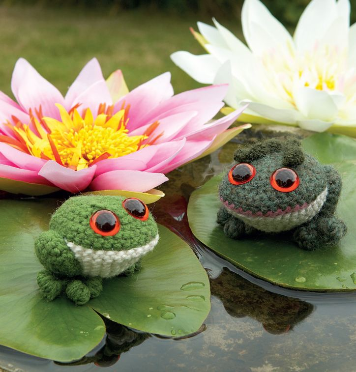 Free Crochet Amigurumi Frog Patterns : Crochet a frog for April it s National Frog Month ...