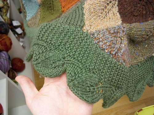 Leaves to Knit for Autumn   16 free patterns   Grandmothers Pattern Book