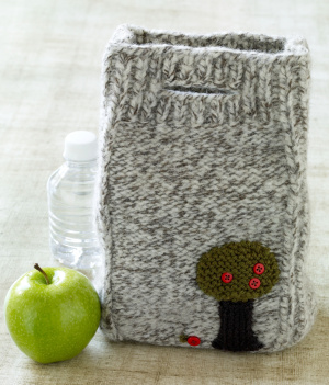 Crochet Lunch Bag Pattern : Back to School Lunch Bags to Knit and Crochet - free patterns ...