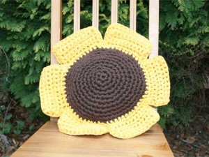 Sunflower-cushion-300x225