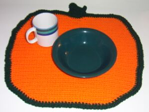 crochet-pumpkin-placemat