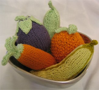 Knitting Patterns For Vegetables And Fruit : More Harvest Knit and Crochet   Vegetables   free patterns   Grandmother...