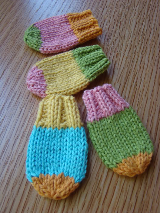 Knitted Baby Mittens Simple Pattern : Cute Mittens for Kids   free patterns to knit and crochet ...