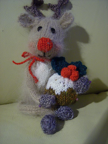 Knitting Patterns Christmas Toys : Knit a Reindeer   toys, sweaters, caps and more   free patterns   Grandmother...
