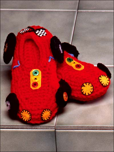 More Slippers to Crochet for Kids – 13 free patterns – Grandmother\'s ...