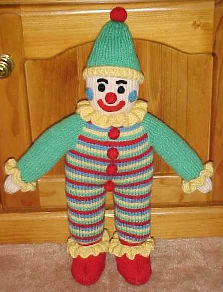 Simple Dolls to Knit   12 free patterns   Grandmothers Pattern Book