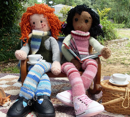 More Dolls To Knit 10 Free Patterns Grandmothers Pattern Book