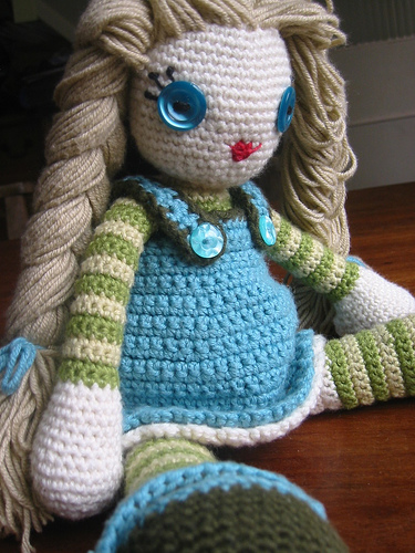 Even More Dolls to Crochet free patterns Grandmothers ...