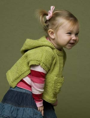 Hooded Toddler Poncho Knitting Pattern : The Prettiest Spring Ponchos to Knit   free patterns ...