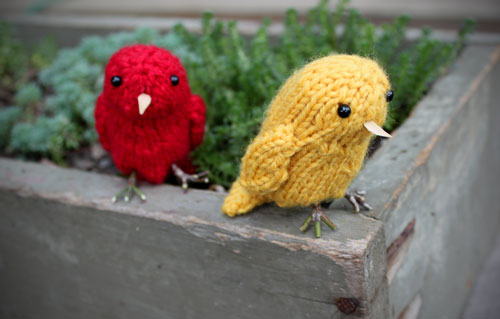 Parrot Knitting Pattern Free : Birds to Knit for Spring   free patterns   Grandmothers ...