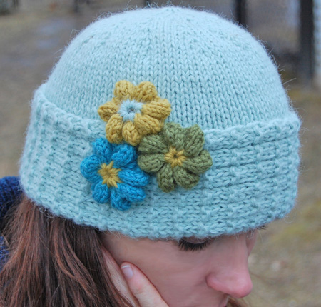 Knit Appliques   free patterns   Grandmothers Pattern Book