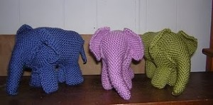 Circus Time! Circus Elephants to Knit and Crochet   free patterns   Grandmoth...