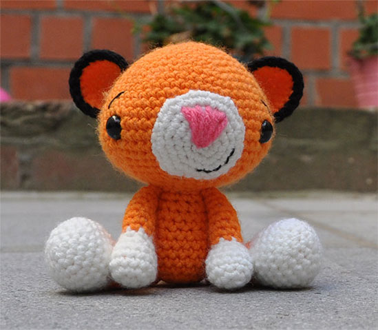 Circus Time Lions and Tigers to knit and crochet -free ...