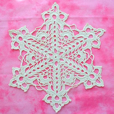 Free Crochet Snowflake Doily Pattern : Christmas in July ? More Christmas Doilies to Crochet ...