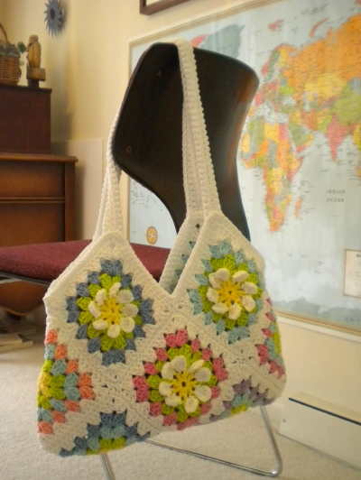 not just afghans – Granny Square Bags and Totes – free patterns ...