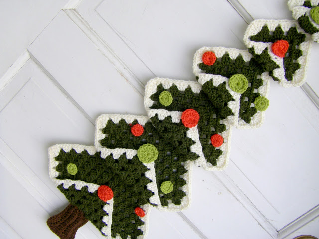 Free Crochet Granny Square Christmas Tree Pattern : Christmas in July ? It s a Granny Square Chrismas! ? free ...