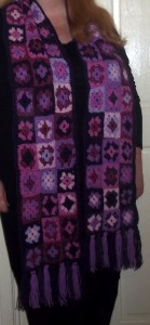 Me cropped scarf
