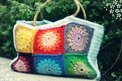 not just afghans - Granny Square Bags and Totes - free patterns ...