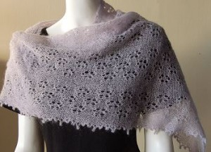 Knit Lace Shawls   free patterns   Grandmothers Pattern Book