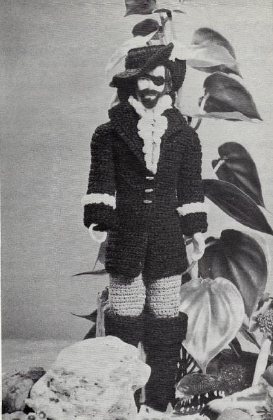 Free Vintage Doll Costume Patterns from Peter Pan – Crochet Captain Hook Costume for 12″ boy doll