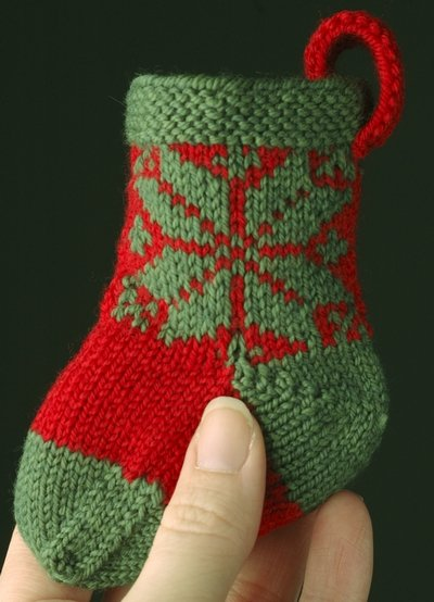 Knitted Christmas Stocking Pattern Books : More Christmas Stockings to Knit   18 free patterns ...