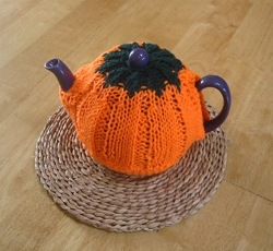 Everything Pumpkins to Knit and Crochet – 93 free patterns!
