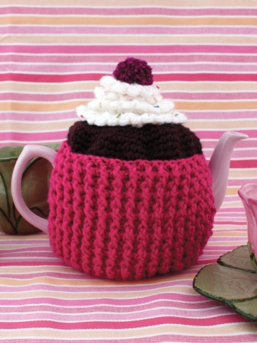 Beehive Tea Cozy - Patterns | Yarnspirations