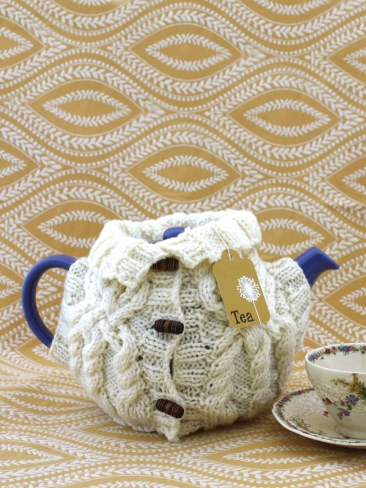More Tea Cozies to Knit   26 free patterns   Grandmothers Pattern Book