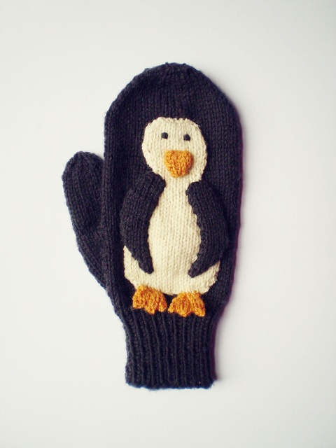 Knitting Pattern For Penguin : Penguins to Knit   20 free patterns   Grandmothers ...