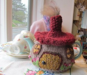 Hobbit Cottage Tea Cozy 002