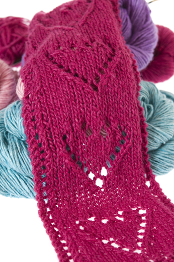 More Hearts to Knit   27 free patterns   Grandmothers Pattern Book