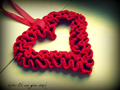 Grandmother's Pattern Book » Hearts to crochet – 32 free patterns
