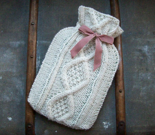 Free Knitting Pattern For Small Hot Water Bottle Cover : Hot Water Bottle Cozies to Knit   26 free patterns   Grandmothers Patter...
