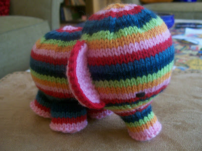 Simple Elephant Knitting Pattern Free : More Rainbows to Knit   25 free patterns   Grandmothers Pattern Book