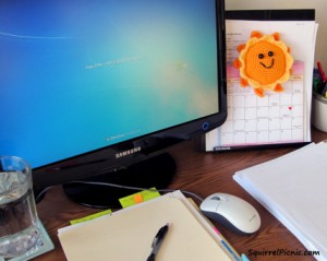 a-crochet-sun-will-brighten-up-your-workspace