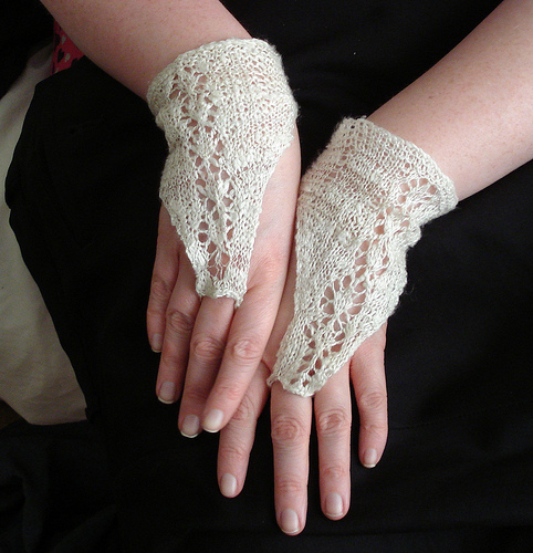 Lacy Gloves, Wristlets and Cuffs to Knit for Spring   25 free patterns   Gran...