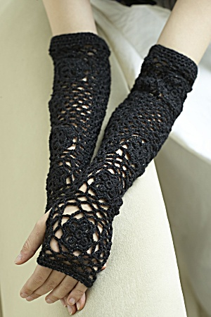 Crochet Lacy Fingerless Gloves And Cuffs For Spring 18
