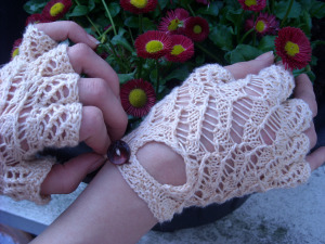 Knitting Pattern Lace Gloves : from the Patternbook Archives   Reader Request   Lacy ...