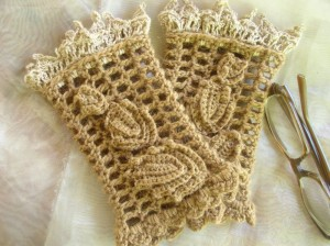 Free Crochet Pattern Opera Gloves : Crochet Lacy Fingerless Gloves and Cuffs for Spring ? 18 ...